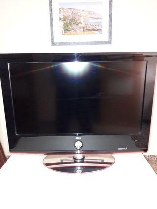 TELEVISIÓN LG 32 LH 7030