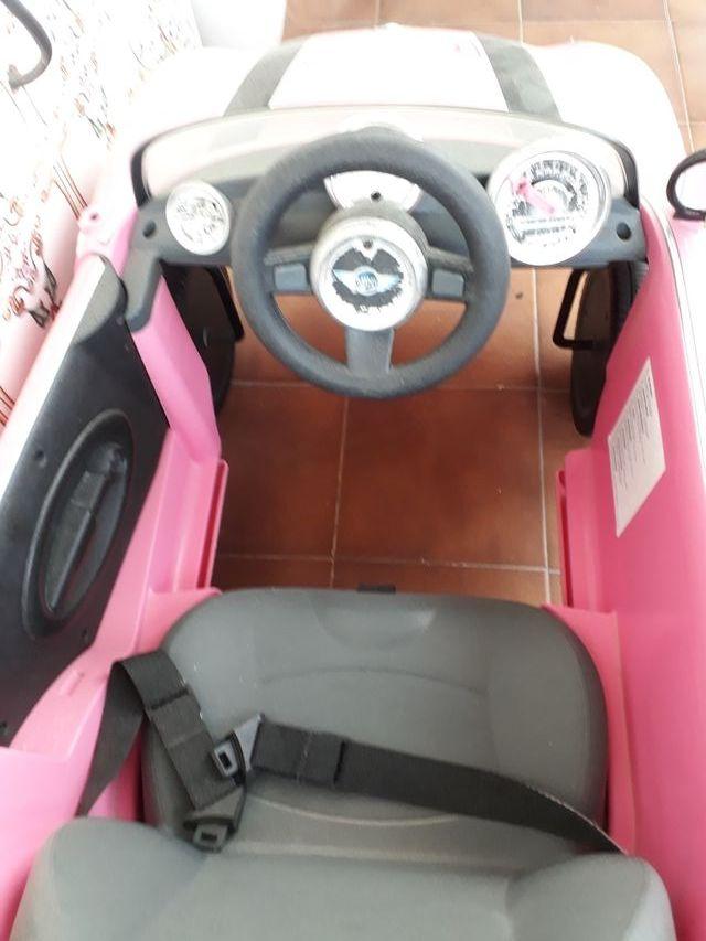 coche Mini rosa