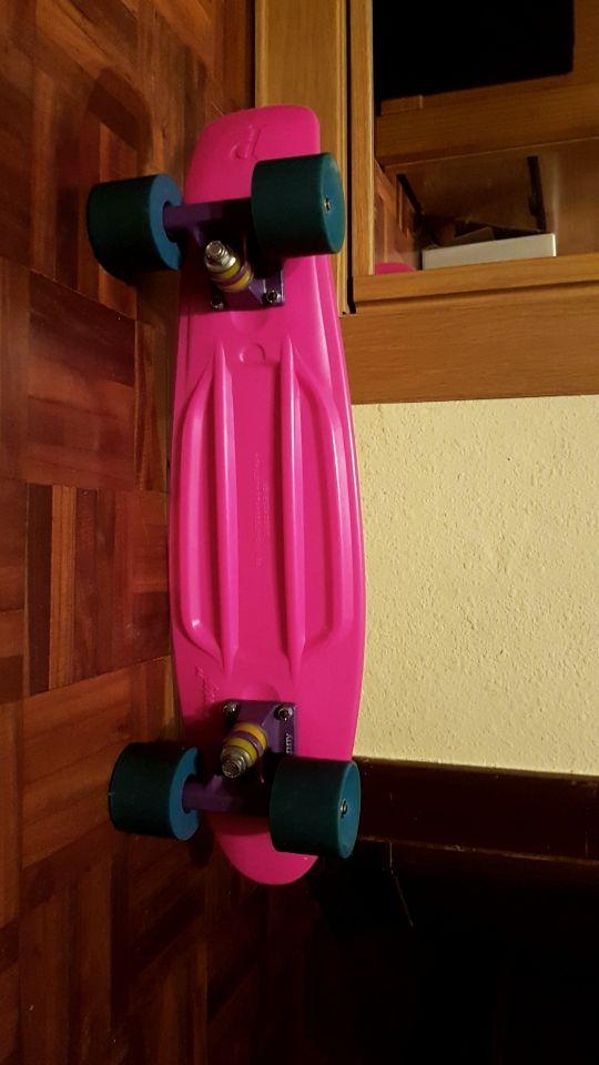Skate penny rosa fosforito