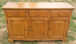 buffet de madera a restaurar