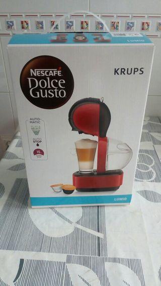 CAFETERA DOLCE GUSTO KRUPS NUEVA, 2 AÑOS GARANTÍA