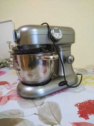 Robot de cocina en buen estado
