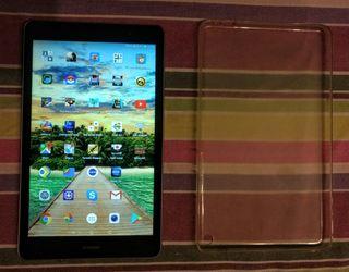 """Tablet HUAWEI MediaPad T3 8"""" y funda de silicona"""