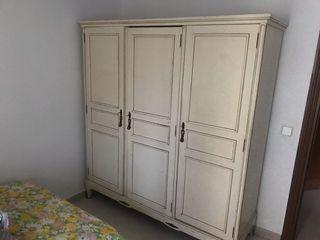 Armario + cama + cómoda + mesita