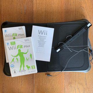 Wii fit plus juego y Wii Balance Board negra