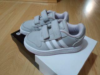 Zapatillas Adidas niña(originales)