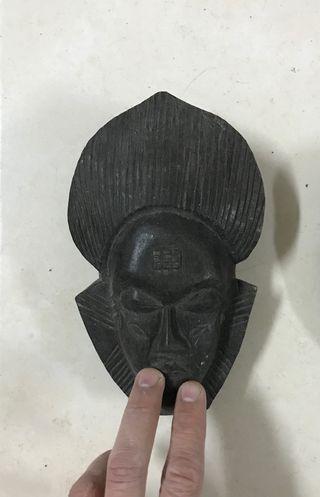 Máscara decoración pared