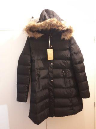 Precioso abrigo plumífero sin estrenar 30€