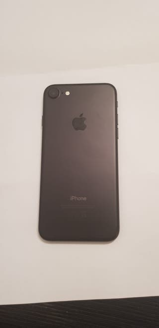 Se vende iPhone 7 128gb