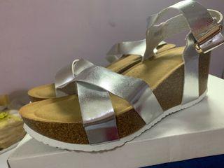 Sandalia color plata