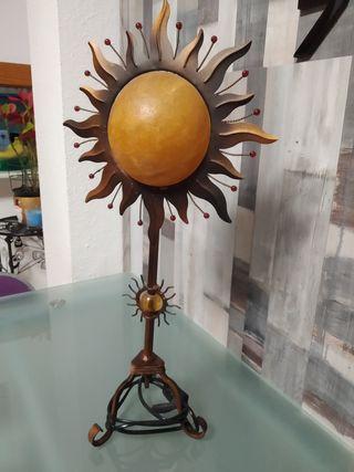Lámpara de forja decorativa