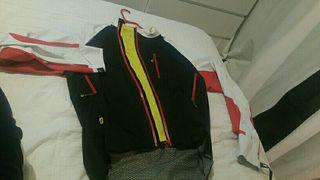 chaqueta mavic Impermeable. chubasquero