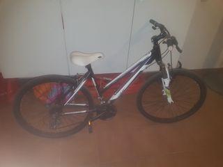 Bicicleta btt recreacional para chica