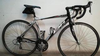 Bicicleta de carretera BH Volan race 2