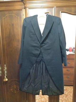 chaqueta y chaleco de frac