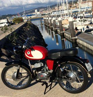OSSA 125 C2 año 1963 moto coleccionista