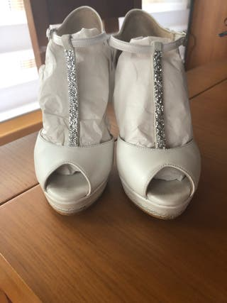 LODI zapatos novia