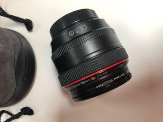 Objetivo Canon EF 50mm f/1.2L USM con filtro UV