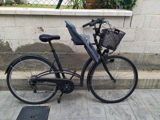 bicicleta de paseo con sillita