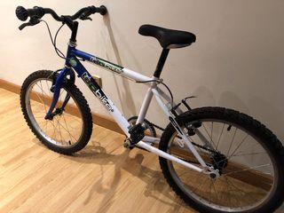 Bicicleta infantil 18 pulgadas.