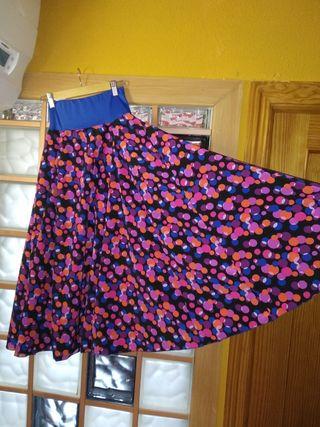 Falda de flamenca y complementos