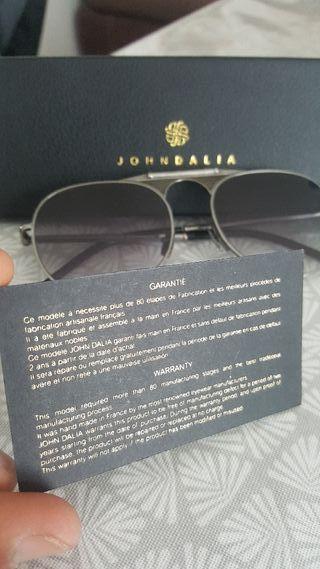 lunettes John Dalia