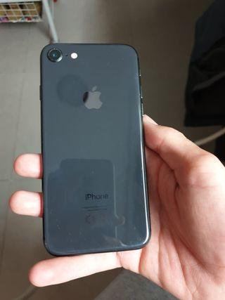 iphone 8 prácticamente nuevo con 7 meses de garant