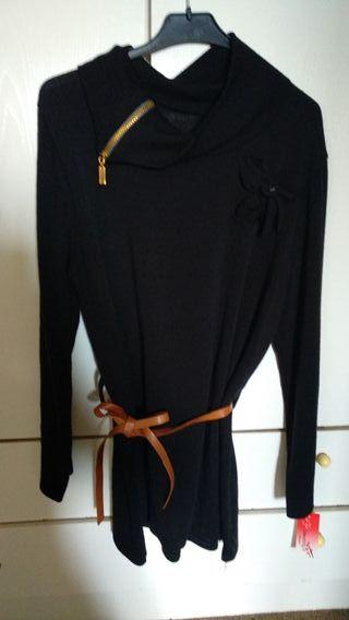 Jersey negro largo sin estrenar