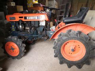 Mini Tractor Kubota B6000