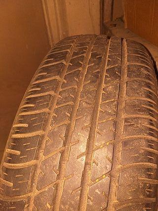 rueda con cubierta 195 65 15