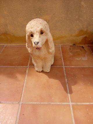 estatua perro