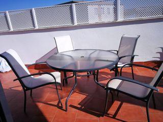 conjunto de mesa y sillas para patio