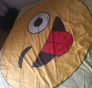 cubrecamas, sofas etc.. de plástico de emoticono