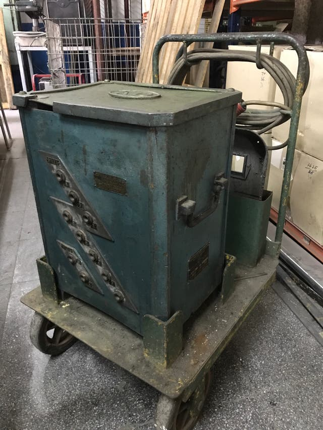 Máquina Soldadura eléctrica KD