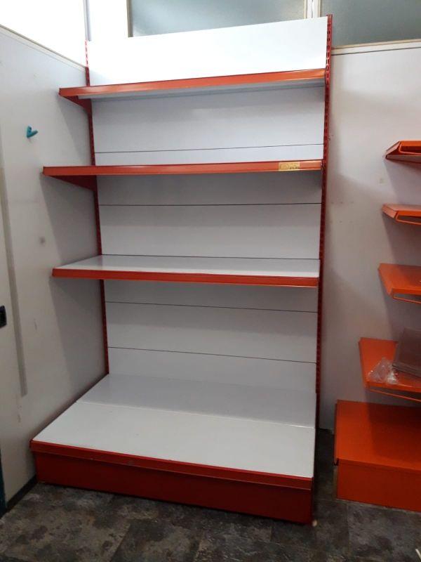 estantería para tienda