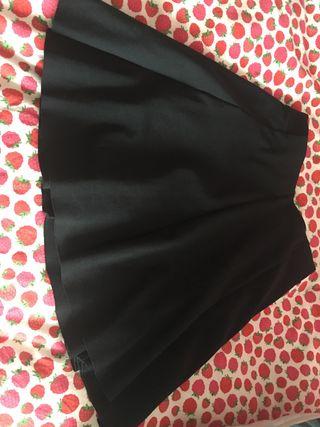 Falda negra para chicas