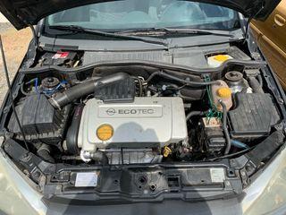 Opel Corsa 1.4 16v 90 Elegance