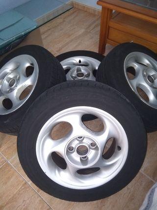 LLantas con neumáticos.Super oferta !!