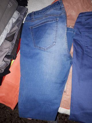Vaquero color jean desgastado