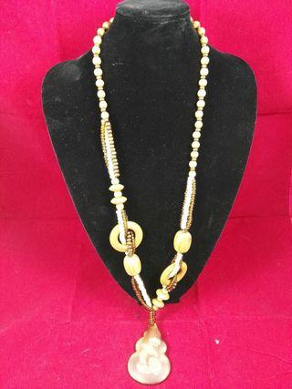 Collar de Madera y Perlas