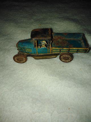 Antiguo camión de hojalata Paya Rai, años 30.