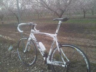 Bicicleta de carretera Mendiz rs9 carbón