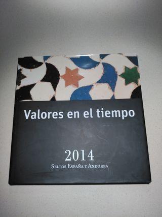 Álbum Sellos Correos + 100 sellos