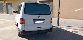 Volkswagen Transporter -T5 2003