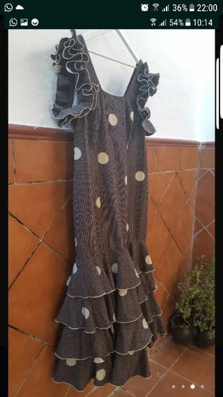 traje de flamenca o rociero