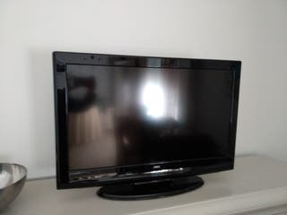"TV 32"" con USB OKI"