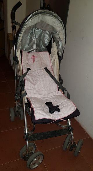 silla paseo tipo McLaren de UppaBaby.