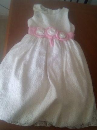 vendo vestido niña nuevo talla 8 años por 5 euros