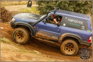 bf mud terrain 35x12.5x15 y llantas 8x15 et-60