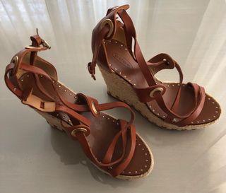 Sandalias de cuña de BDBA. Talla 38